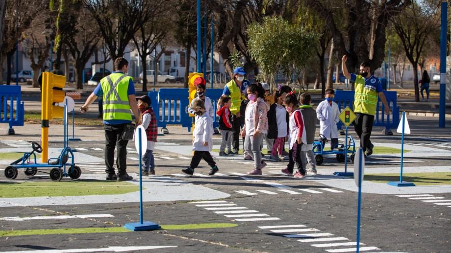 Las escuelas primarias tienen la posibilidad de utilizar el espacio vial. La convocatoria está abierta. (Foto Juan Thomes)