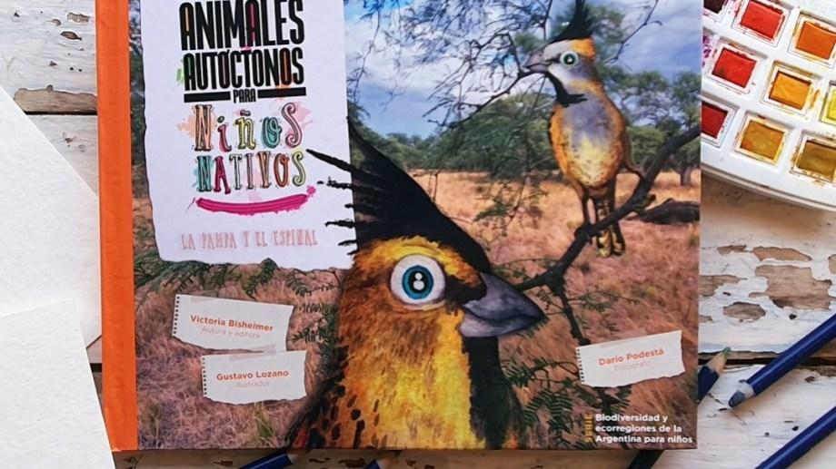 Cada especie cuenta con una historia, una ficha taxonómica y un apartado de ilustraciones.