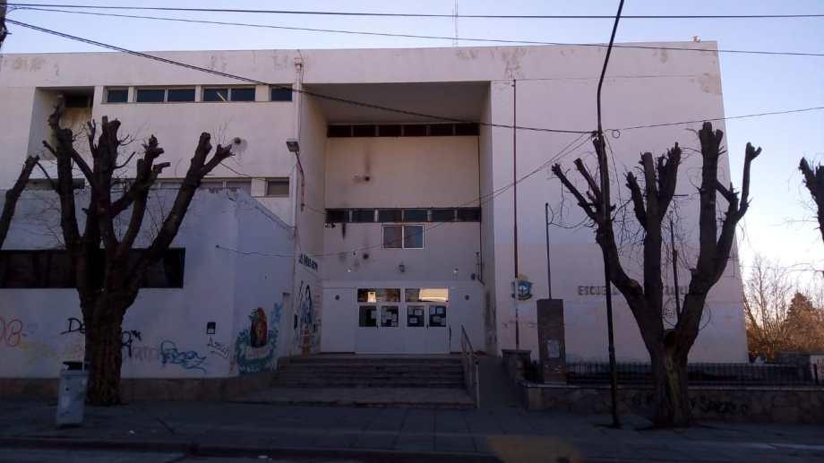 El IFD 13 de Zapala denuncia problemas edilicios graves. (Gentileza)
