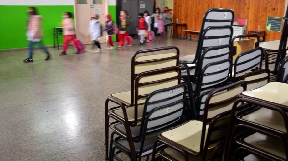 """La gobernadora lanzó ayer la """"presencialidad plena"""", con """"gradualidad"""". Foto: Marcelo Ochoa."""