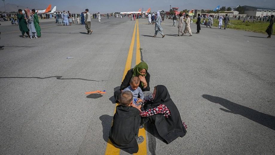 Estados Unidos y sus aliados han sacado 123.000 civiles del país a través del aeropuerto de Kabul,