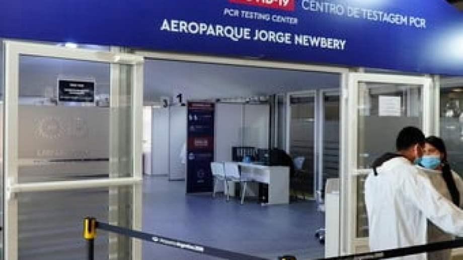 """El """"caso 0"""" entró por el aeropuerto Jorge Newbery."""