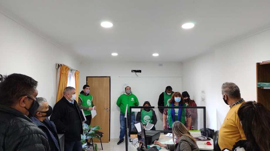 Un incremento del 16% sumarán los trabajadores municipales de Godoy en el segundo semestre de este año.