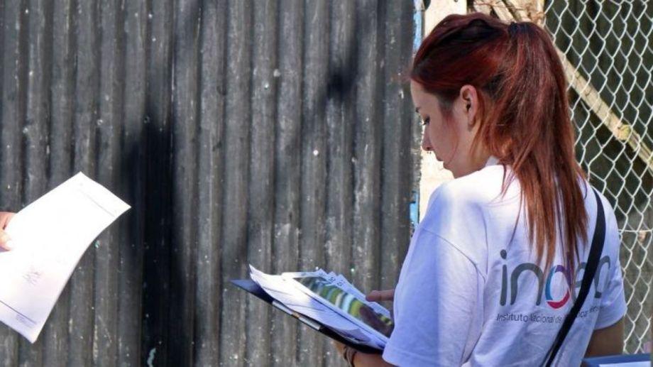Quienes completen el e-Censo deberán presentarle el código de comprobante a la persona que se acerque a su vivienda el 18 de mayo. (Gentileza).-