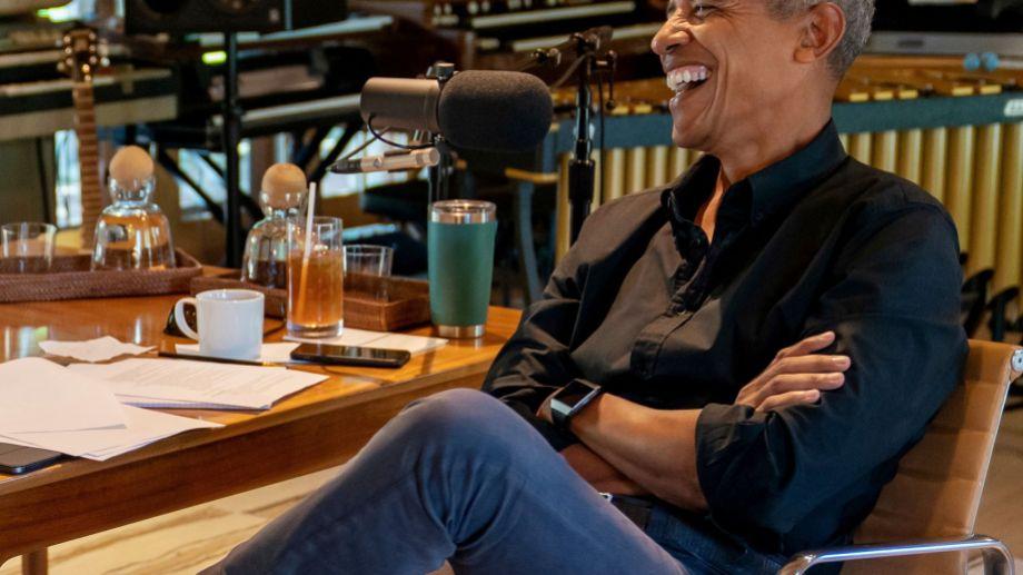 Barack Obama había organizado un gran festejo por sus 60 años pero lo suspendió.