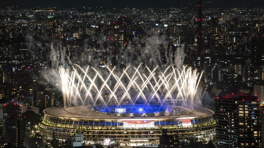 Japón: Un año después de la fecha original pero con el espíritu de siempre, la ceremonia realizada en el estadio Nacional de Tokio dio comienzo a la cuenta regresiva para los próximos Juegos Olímpicos que se realizarán en París en 2024. Foto: AFP/Télam/AMB