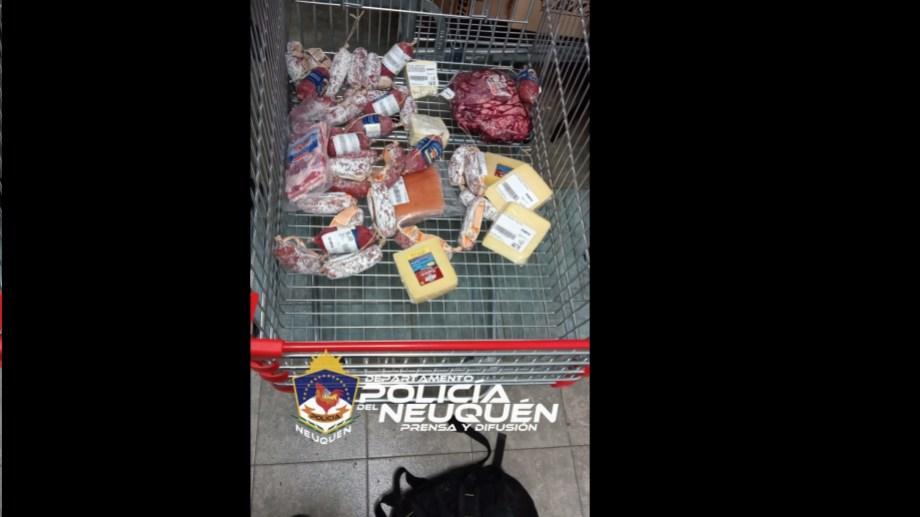Intentaba robar mercadería por 15.000 pesos en un mayorista de Neuquén. (Gentileza Policía de Neuquén)