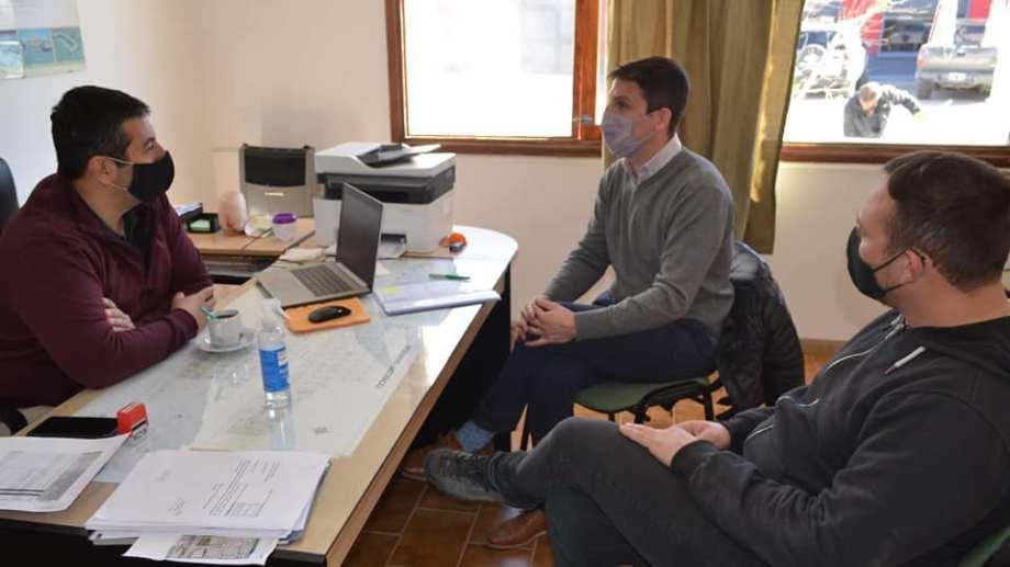 El Secretario de Gobierno del municipio, Gonzalo Adaime recibió al Secretario de Minería, Joaquín Aberastain Oro. Foto: Gentileza.