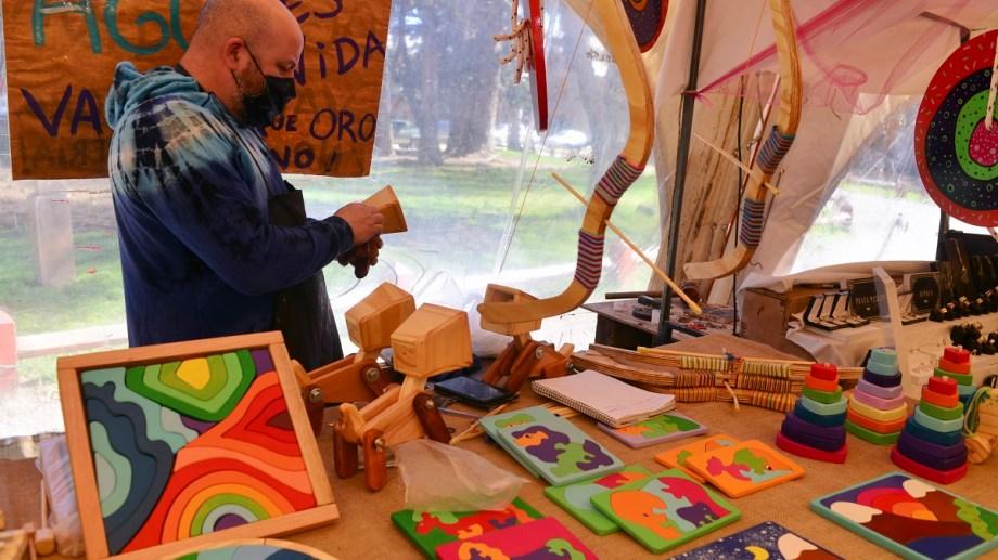 Se debate una ordenanza para generar puntos de venta para productos artesanales y de microemprendedores de Bariloche. Foto: Chino Leiva