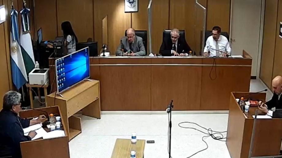 En la audiencia de cesura se pidió una condena a 13 años de prisión por el abuso a una menor. (Foto gentileza)