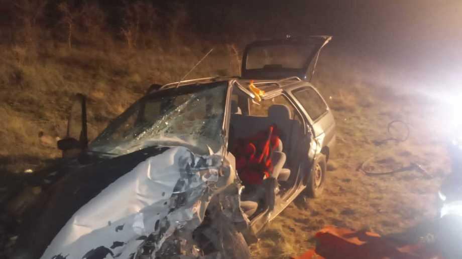 Un profesor en grave estado luego de un accidente sobre la Ruta 22. Foto: Néstor Salas