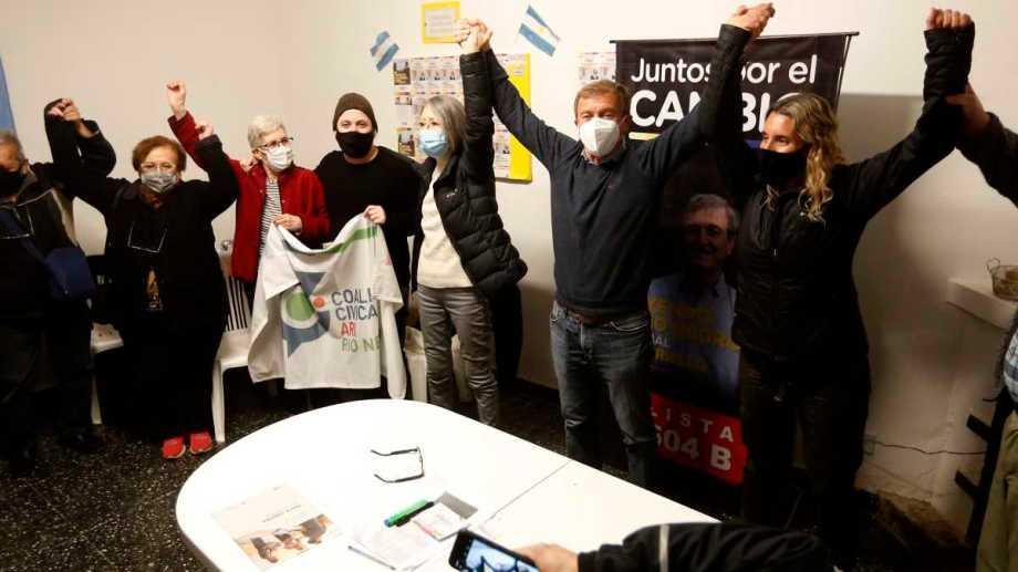Tortoriello festejó ayer en el búnker de JxC. (Juan Thomes)