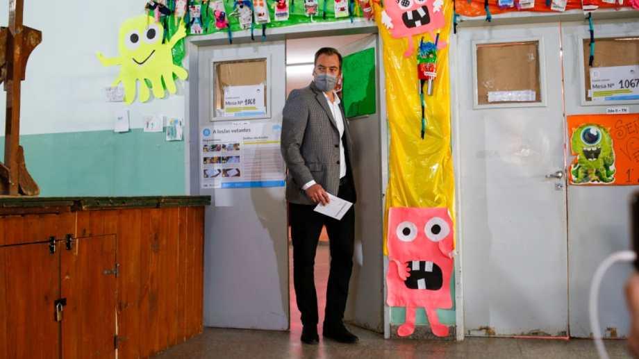 Martín Soria, votó en Roca en barrio Los Olmos. Foto: Juan Thomes