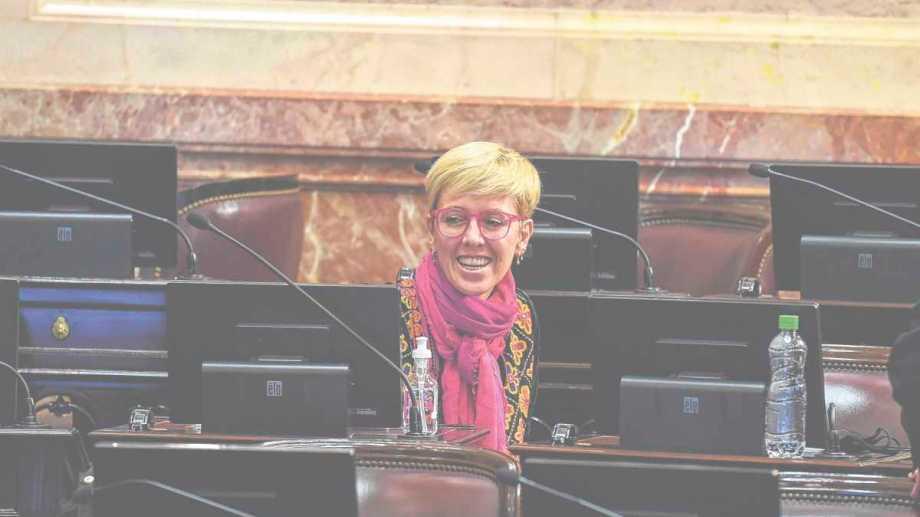 García Larraburu tiene mandato en el Senado hasta el 2025.