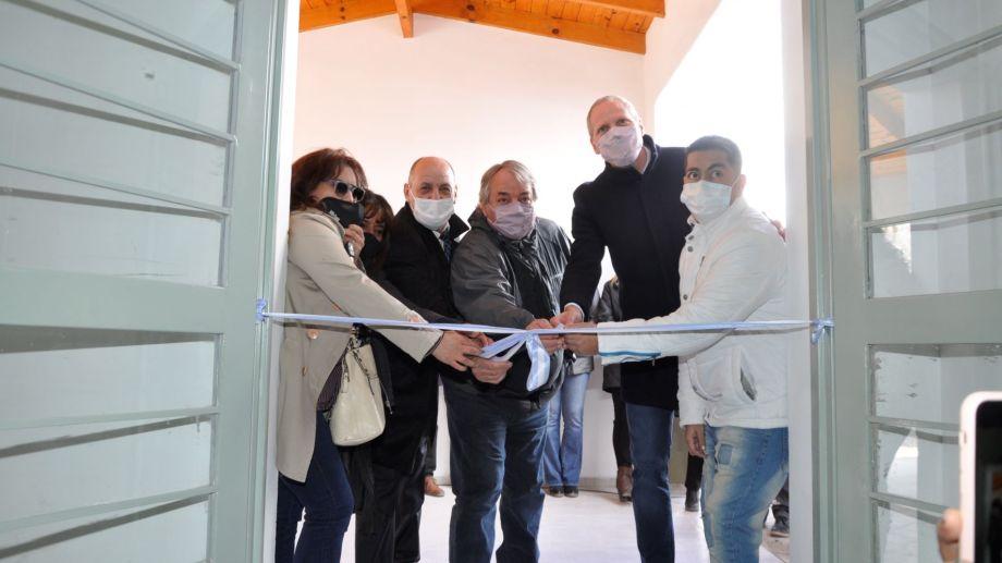 El Centro de Diálisis permitirá tratarse a una docena de vecinos que hoy deben viajar a San Carlos de Bariloche. Foto: José Mellado