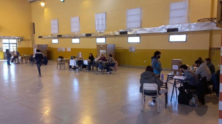 En Jacobacci, apenas el 58,5% del padrón concurrió a votar. Foto: José Mellado
