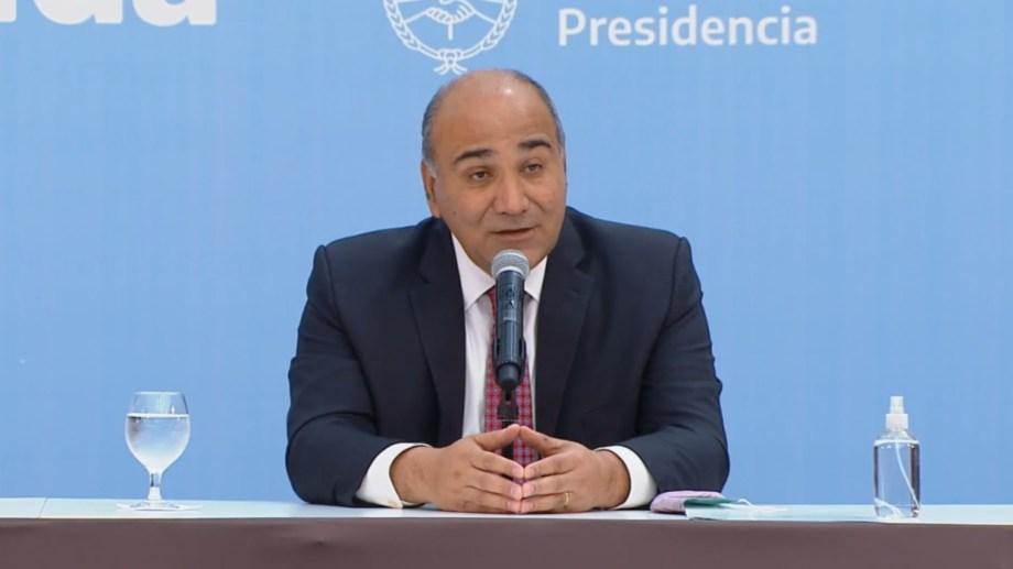 """Juan Manzur, jefe de Gabinete: """"Ojalá que Dios nos ayude, nos dé una manito porque esta vuelta hace falta""""."""