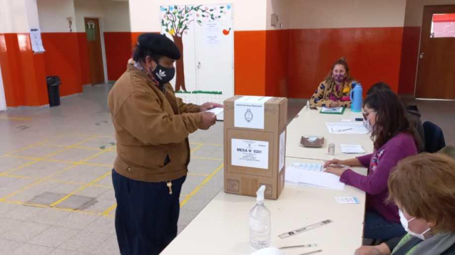 Las PASO se llevan a cabo sin mayores inconvenientes.   Foto: José Mellado
