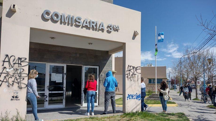 Las sanciones por faltar a la votación estipulan multas de 50 a 500 pesos. Foto: Daniel Quilodrán