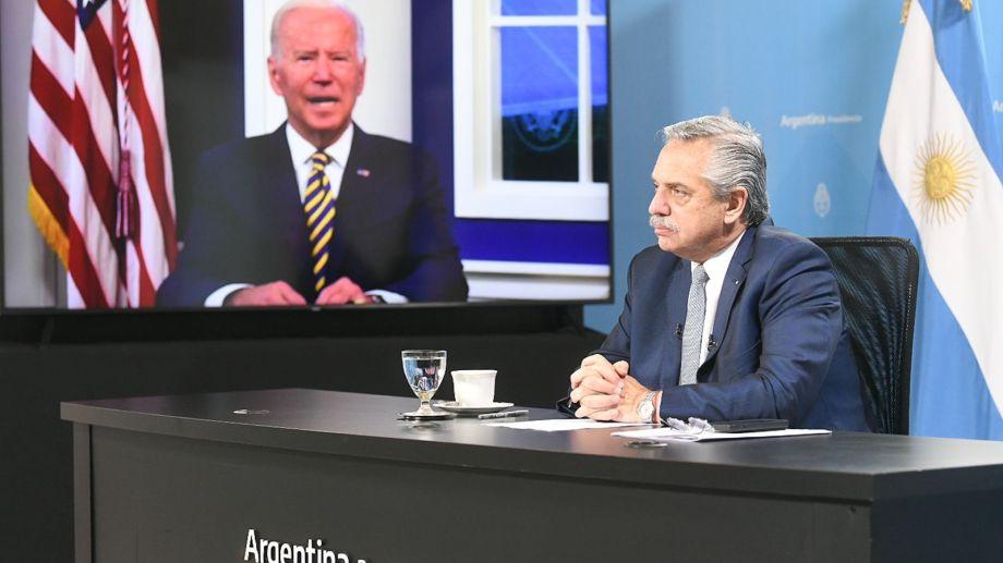 El presidente Fernández planteó ante Biden mejores condiciones de financiamiento para enfrentar la crisis climática. (Presidencia).-