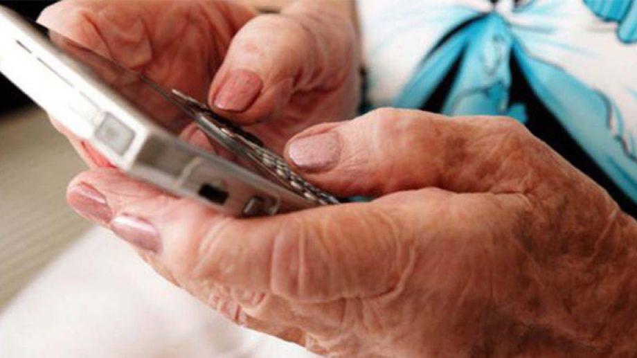Dos mujeres adultas recibieron llamadas telefónicas en poco más de una hora. (foto: ilustrativa)