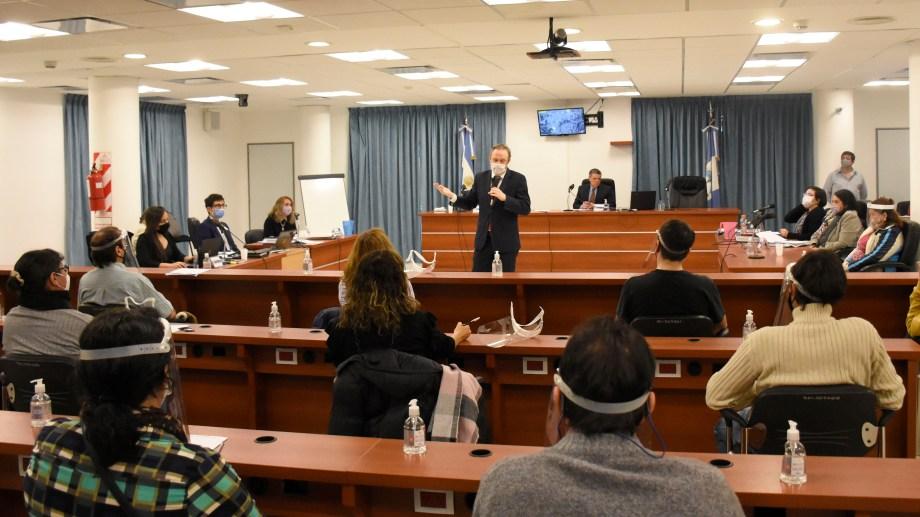 En la jornada de ayer declararon 8 testigos, todos de los acusadores. Foto Florencia Salto.