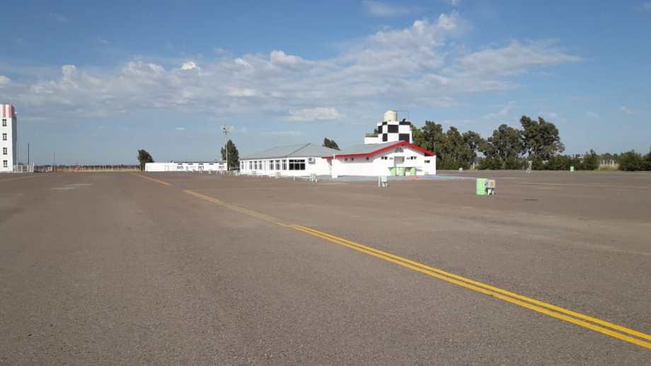 El hecho se registró en el camino lateral del autódromo de Viedma. Foto: archivo.