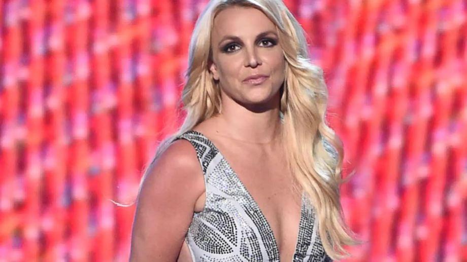 Britney Spears cerró su cuenta de Instagram y explicó en Twitter los motivos de su decisión.