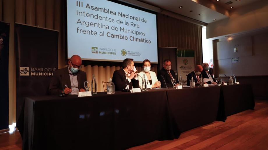 El ministro de Ambiente y Desarrollo Sostenible, Juan Cabandié, esbozó la idea de impulsar acciones ambientales como parte de pago de la deuda externa. Foto: Gentileza