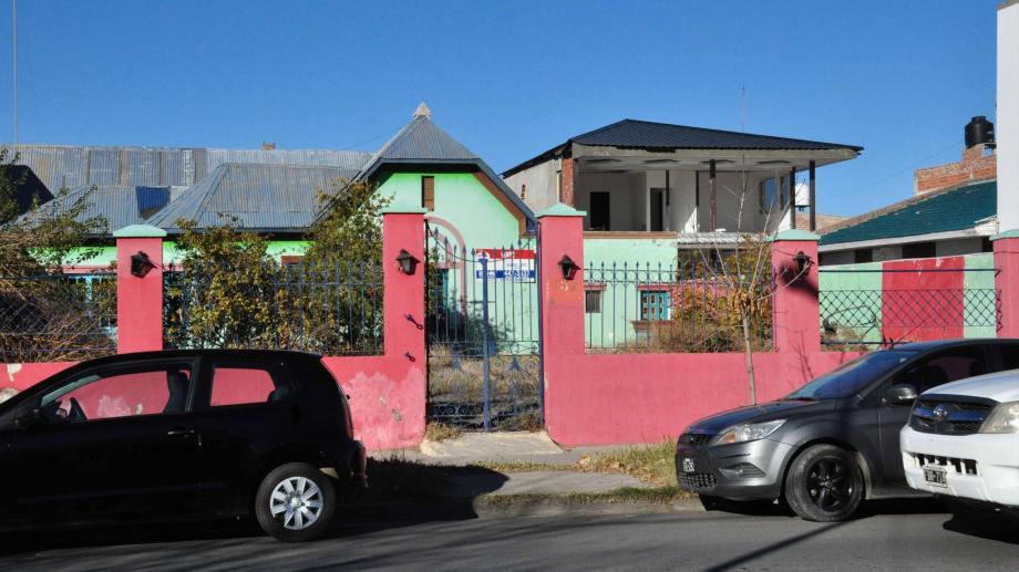 En la vieja vivienda de los Rosas funcionó un salón de eventos infantiles.