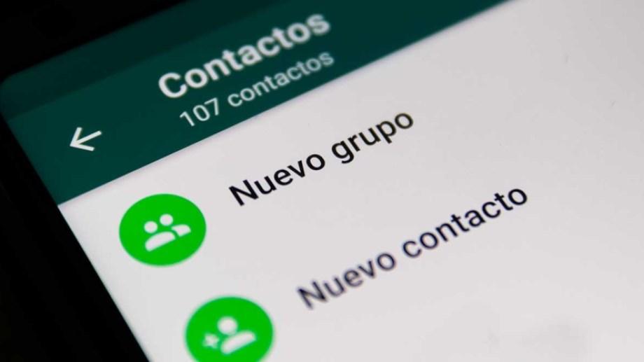 Los grupos de WhatsApp son una útil y fluida manera de comunicarse entre vecinos de edificios.-
