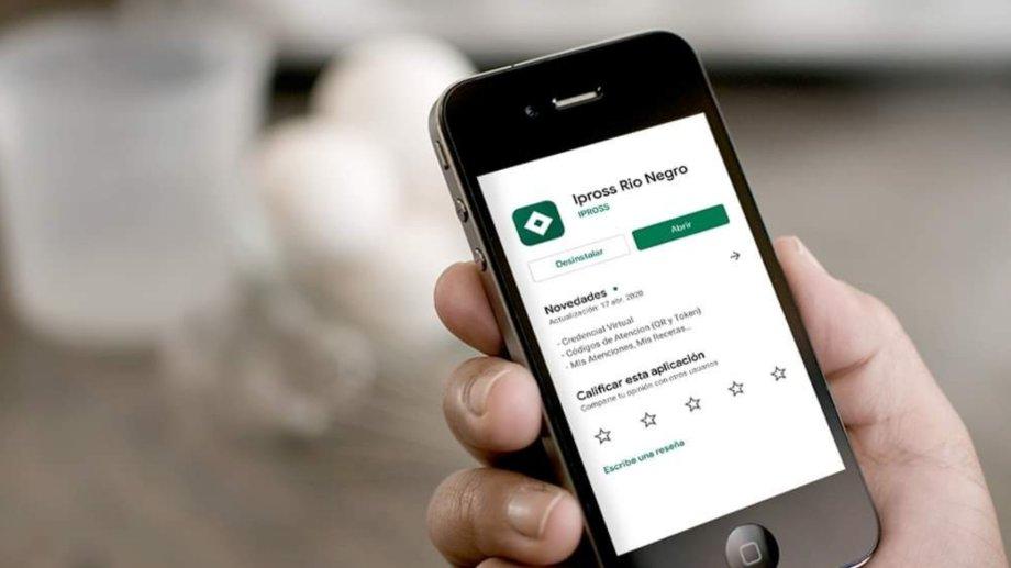 Ya unos 51 mil afiliados directos utilizan la aplicación móvil de la obra social provincial. Foto Archivo