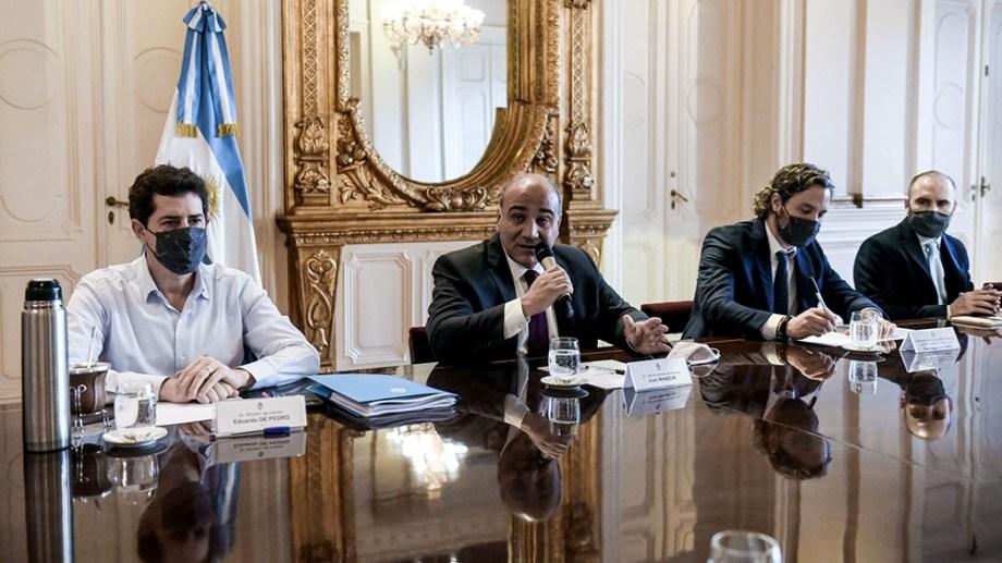 La primera reunión de Gabinete. La encabezó Juan Manzur y comenzó a las 7.40.
