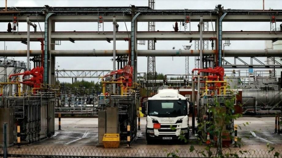 La falta de camioneros está en el centro de la escasez de combustibles en Reino Unido.