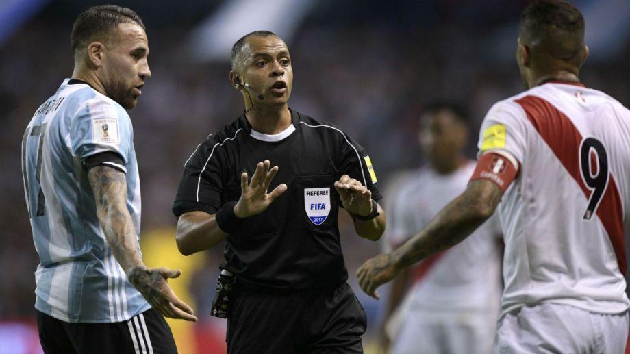 Wilton Sampaio será el árbitro del partido entre Argentina y Perú del 14 de octubre.