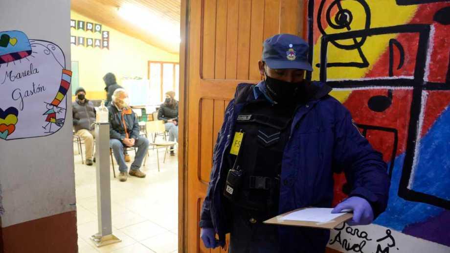 Quienes no asistieron a  votar deben justificar su falta. Foto: Patricio Rodríguez