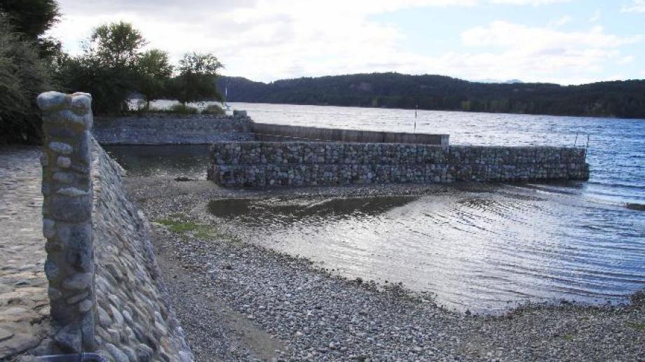 Denuncian que cada vez hay menos accesos al lago Nahuel Huapi. Foto: archivo