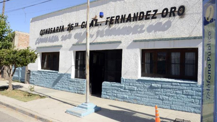 Por juridicción, interviene la comisaría 26 de Fernández Oro.