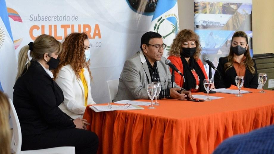 Las actividades de la Fiesta de las Colectividades en Cutral Co serán viernes y sábado, según lo presentado en conferencia de prensa. (Foto: gentileza)