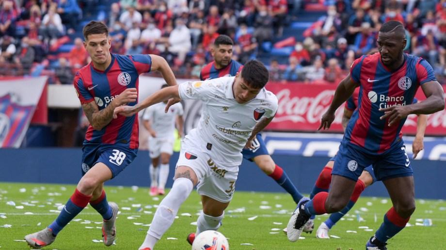 Colón fue más que San Lorenzo y la victoria se ajustó al desarrollo del juego.