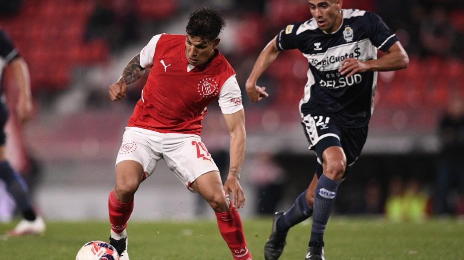 Independiente y Gimnasia empataron 1 a 1 en el estadio Libertadores de América.