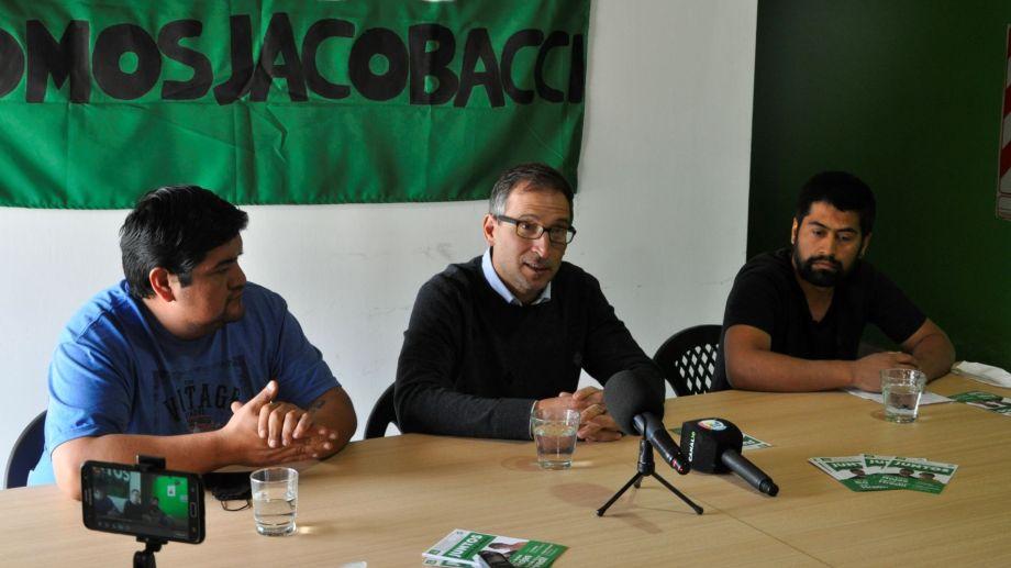Domingo brindo su apoyo a los candidatos a concejales de Jacobacci de cara a las elecciones del próximo 31 de octubre. Foto: José Mellado.