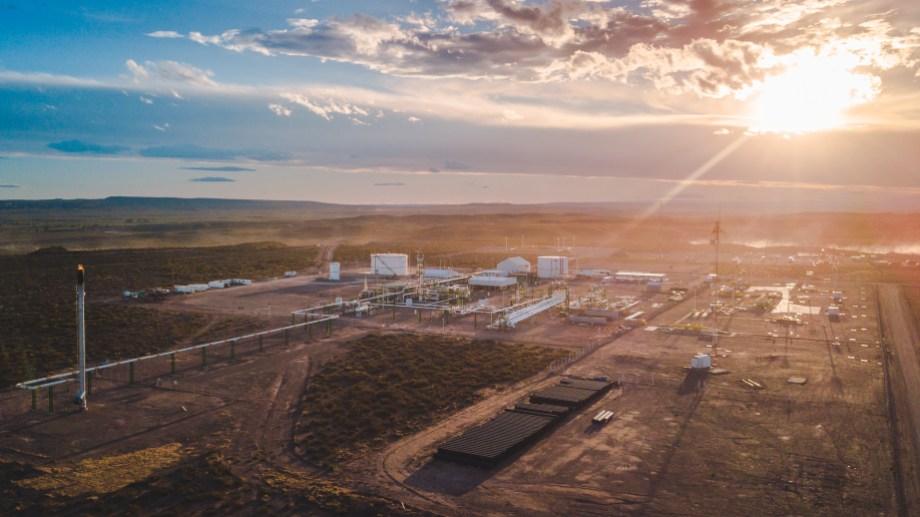 La firma más que duplicó la capacidad de procesar los condensados del gas que lleguen a las instalaciones.
